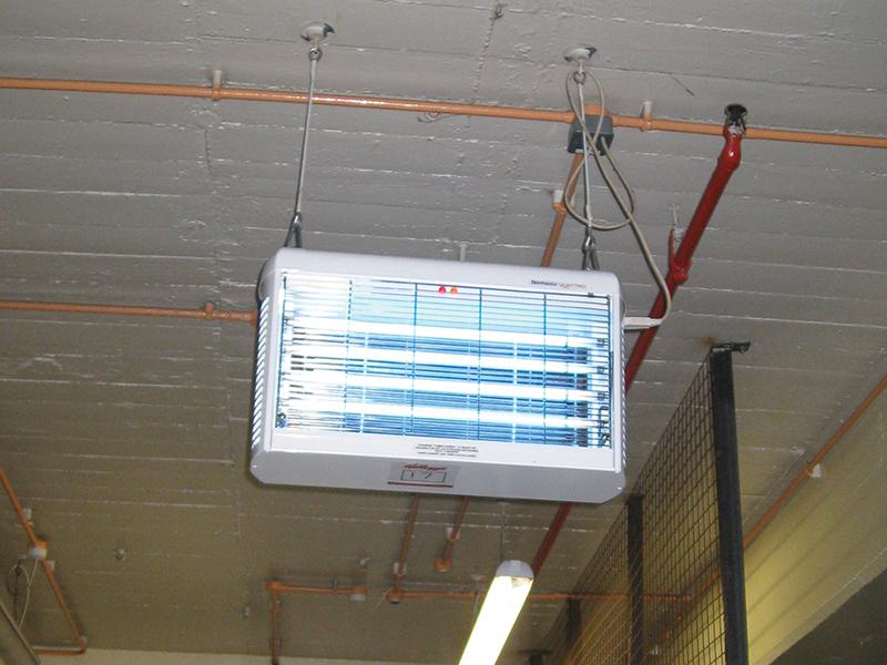 """UV uređaj za suzbijanje letećih insekata """"Nemesis Quattro"""""""